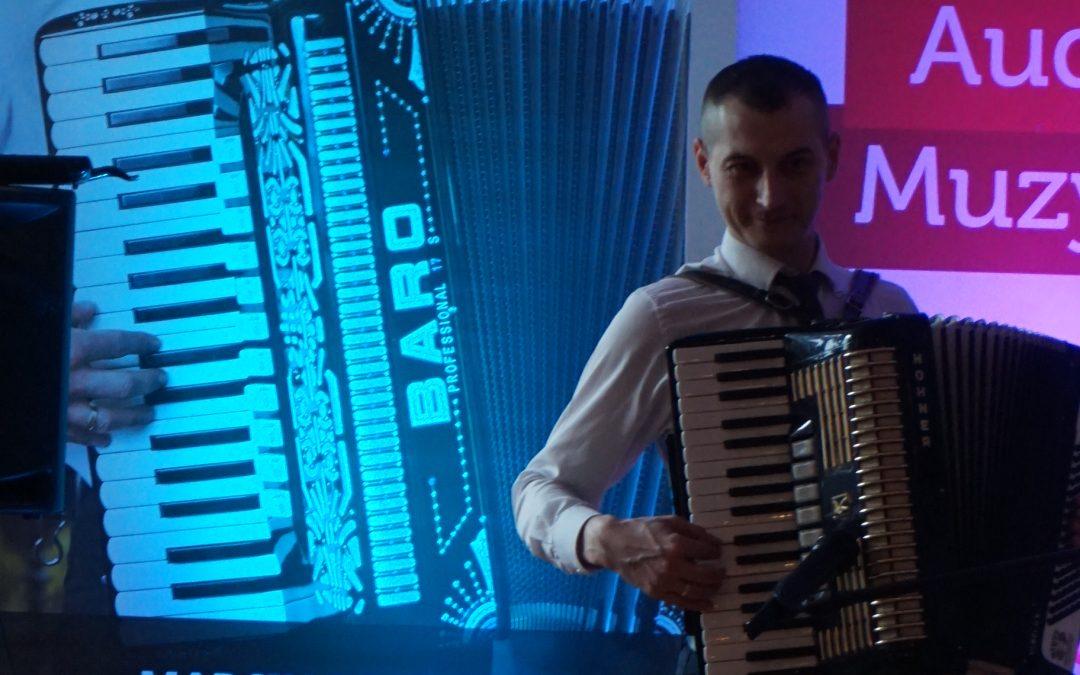 Audycja Muzyczna na Żywo – AKORDEON :)
