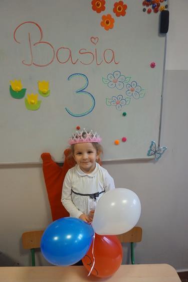 3 urodzinki Basi :) wszystkiego najlepszego :)