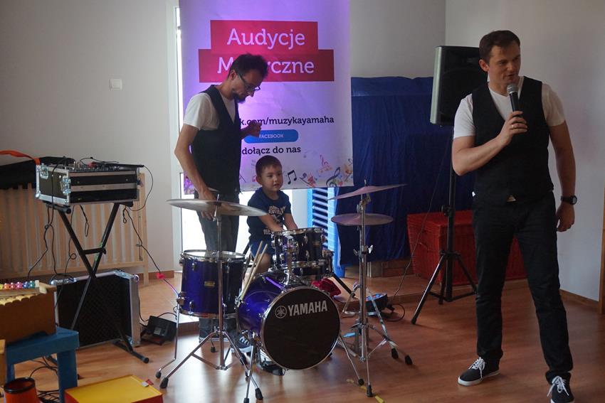 Audycja muzyczna na żywo:)